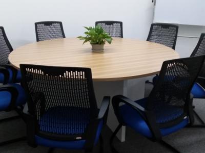座谈会议室
